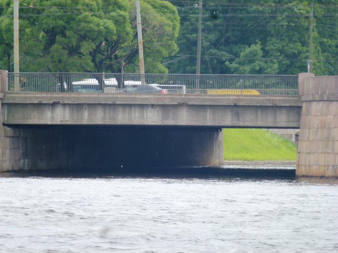 Мост через какую речку?