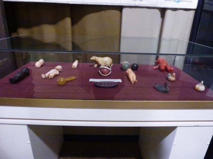 Где и история этих игрушек