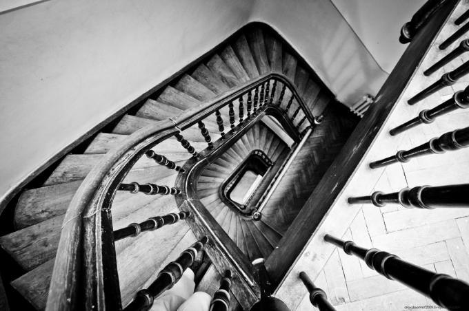 Где находится эта лестница?