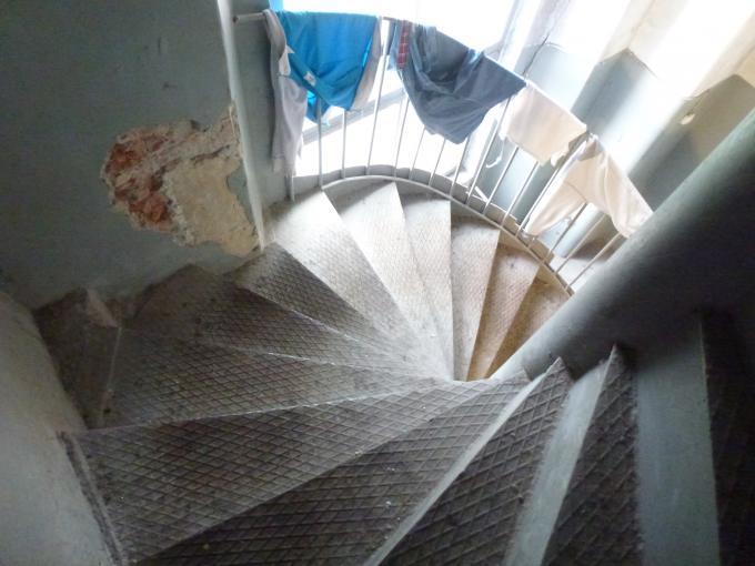 где лестница?