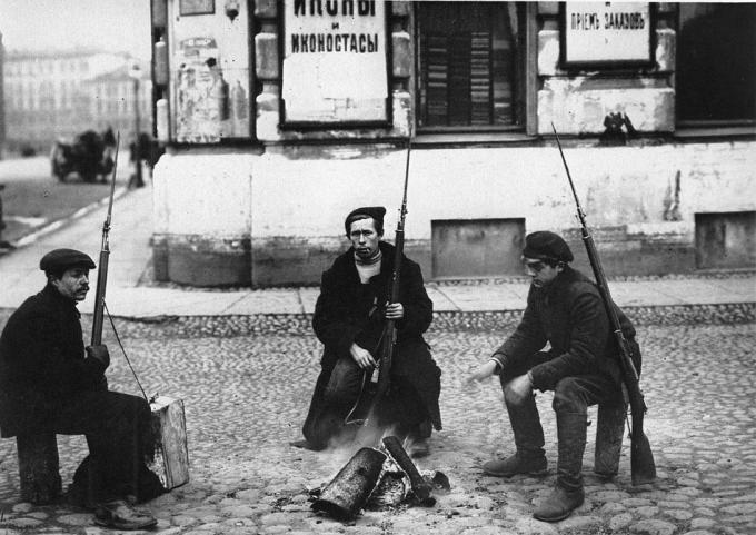 Продолжение загадочной серии фотографий 1917 года