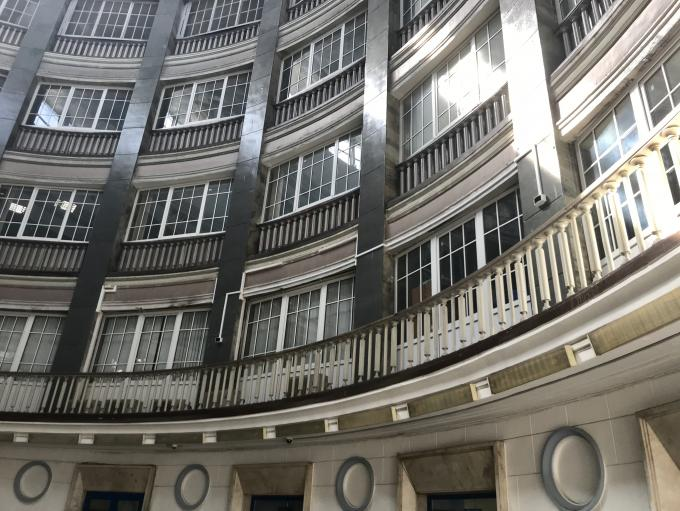 Неизвестное здание (внутренний холл)